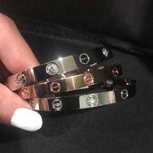 Jewelry - Fashion Love Bangle Bracelets